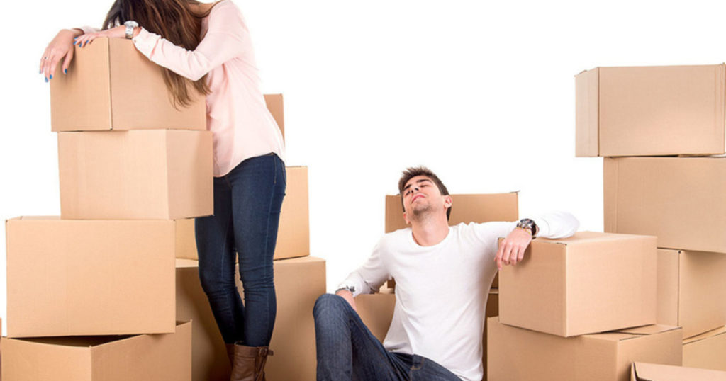 распаковка вещей после переезда